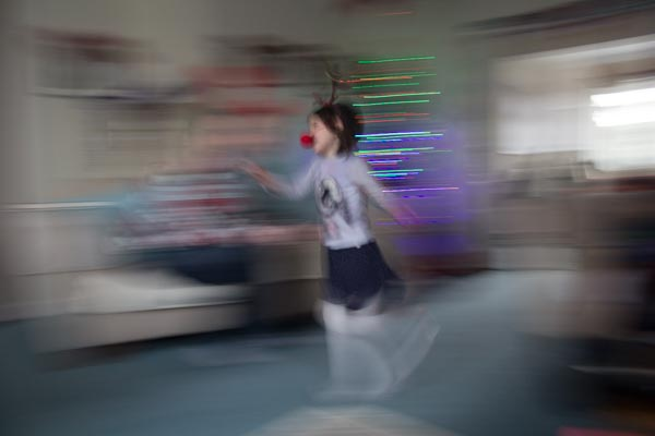running child with panning