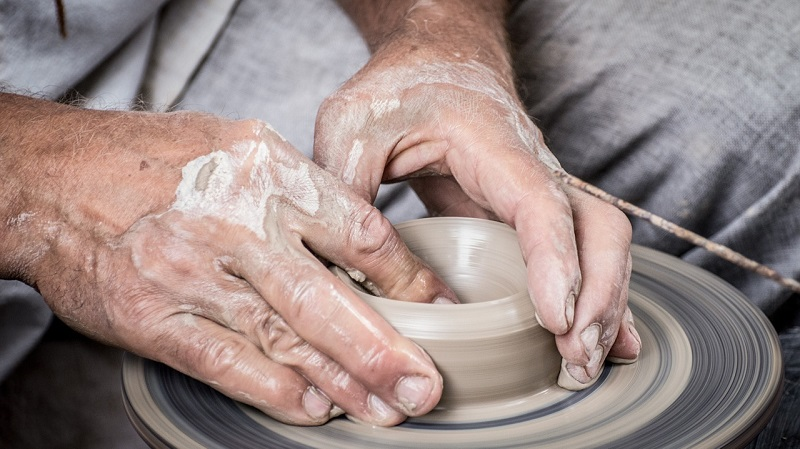 potter whell hands stock image alison read business photogrpahy blog post